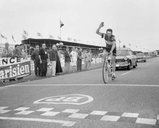 Roger Pingeon, vainqueur le 14 juillet 1968 d'une étape du Tour de France entreFont-Romeu (Pyrénées-Orientales) etAlbi (Tarn).