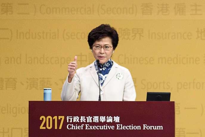 La candidate Carrie Lam lors d'un discours à Hongkong, le 19 mars, avant l'élection, le 26 mars, du chef de l'exécutif.
