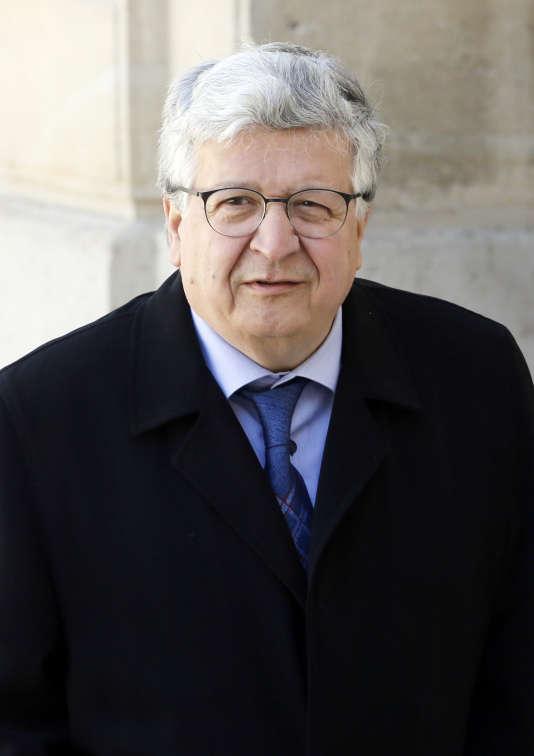 Elie Cohen.