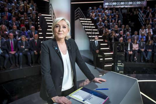 Marine Le Pen, lors du débat organisé par TF1, le 20 mars 2017.
