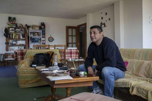 Sergio Rojas a commencé à occuper une maison lorsqu'il a perdu son travail en 2012.