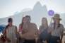 Vanessa Guide, Margot Bancilhon, Patrick Mille, Alison Wheeler et Philippine Stindel sur le tournage du film de Patrick Mille,« Going to Brazil», à Rio de Janeiro.