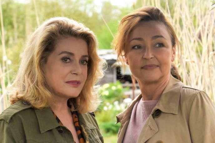 Catherine Deneuve et Catherine Frot dans le film français deMartin Provost,«Sage-Femme».