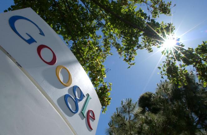 Google a été critiqué pour avoir laissé des publicités apparaître sur des vidéos haineuses sur YouTube.