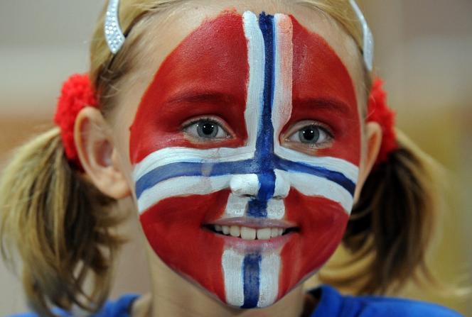 Jeune Norvégienne, fan de football, en janvier 2012.