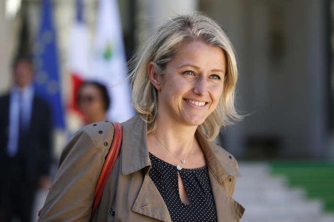 «J'ai décidé de soutenir le projet, la démarche et donc la candidature d'Emmanuel Macron à l'élection présidentielle», écrit Barbara Pompilisur son compte Twitter.
