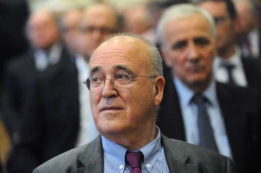 Bernard Poignant (ici en novembre 2013 à Rennes), un proche conseiller de François Hollande, rallie Emmanuel Macron.