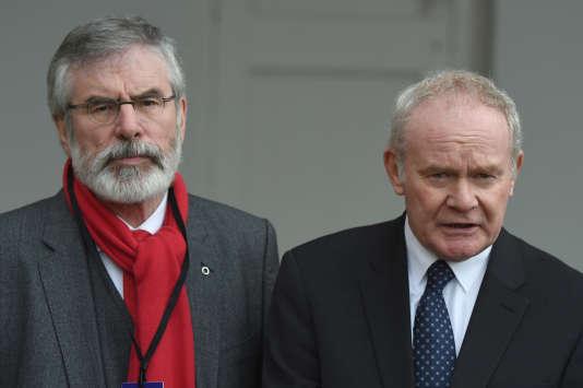 Gerry Adams, le président du Sinn Fein et Martin McGuinness, à droite, à Dublin, le 2novembre 2016.