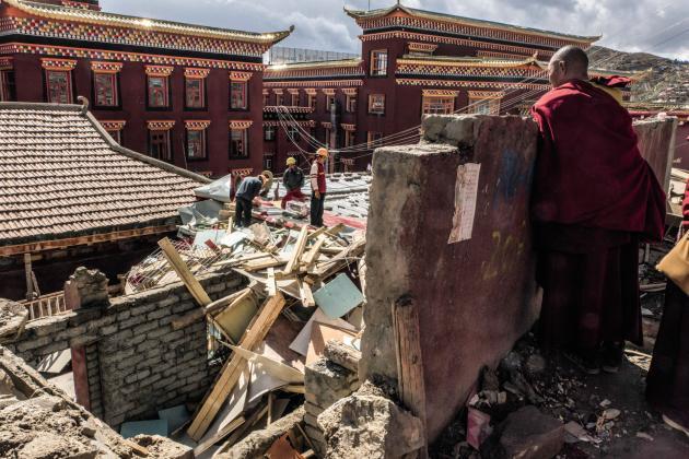 Le 8 octobre 2016 à Larung Gar. Environ 1 500 habitations monastiques auraient été détruites dans la ville au cours de cette même année.