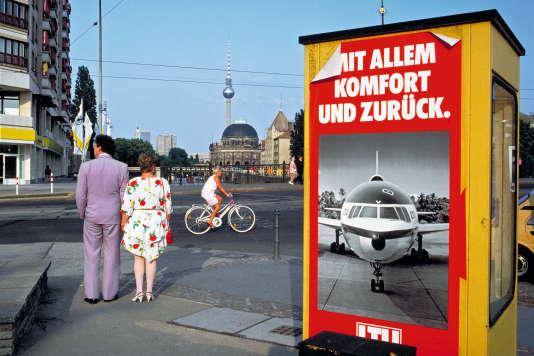 Berlin (Allemagne, 1992). Photo extraite du livre « European Puzzle » (Loco, 2011), de Jean-Christophe Béchet, qui a parcouru l'Europe de ville en ville depuis 1985.