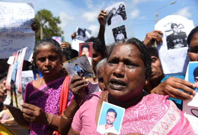 Les mères des disparus de la guerre civile, lors d'une manifestation à Jaffna (Sri Lanka), en septembre 2016.