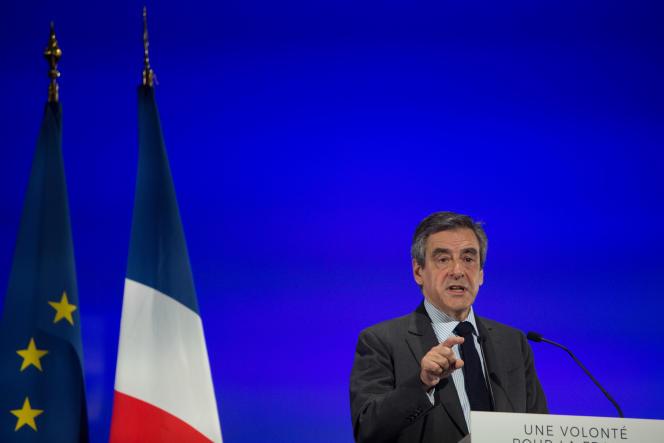 Ce mardi 21 mars, François Fillon donnait une réunion publique à Courbevoie (92).