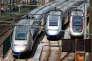 Des TGV dans le technicentre de la SNCF, à Charenton-le-Pont, près de Paris.