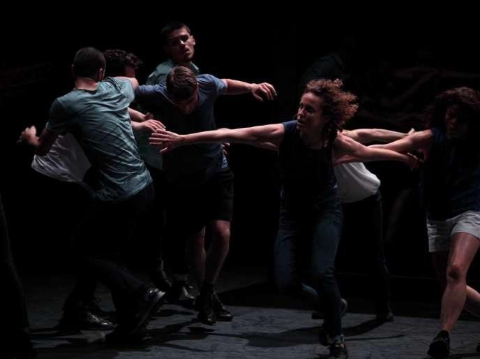 « Auguri», d'Olivier Dubois au Théâtre de Chaillot à Paris, jusqu'au 24 mars 2017.
