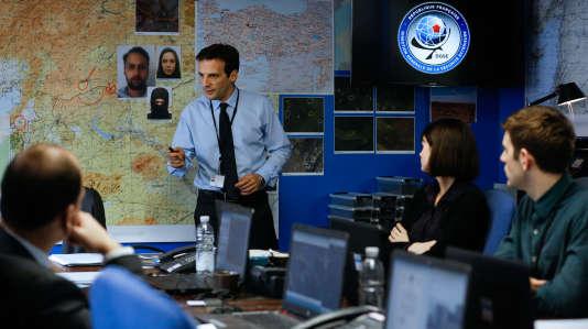Mathieu Kassovitz joue le rôle de Guillaume Debailly (Nom de code : Malotru) dans la série«Le Bureau des légendes».