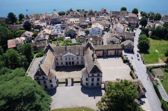 C'est auchâteau de Coppet, au bord du lac Léman, en Suisse, que Mme de Staël s'est exilée.