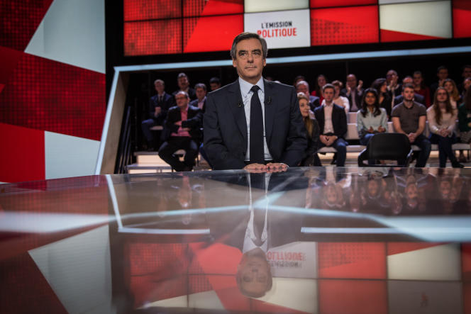 Jeudi 23 mars, le candidat des Républicains à la présidentielle, François Fillon, est l'invité de « L'Emission politique» sur France 2.