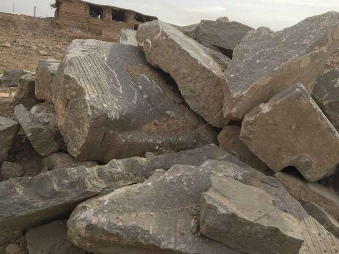Réduit en morceaux par l'organisation Etat islamique, ce grand taureau ailé andropomorphe, était un des génies protecteurs du palais de Nimroud, capitale assyrienne (XIIIe av.J.-C.) située au sud de Mossoul, en Irak.
