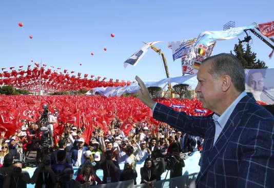 Le président turc Recep Tayyip Erdogan, a estimé samedi que l'UE lui « simplifierait la tâche » si elle décidait elle-même d'abandonner les négociations d'adhésion de la Turquie.
