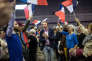 Ce vendredi 24 mars 2017, François Fillon fait une réunion publique à Biarritz. Les jeunes militants scandent des slogans pour mettre de l'ambiance.