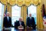 Le secrétaire d' Etat à la santé Tom Price, le président Donald Trump et le vice President Mike Pence à la Maison Blanche le 24 mars.