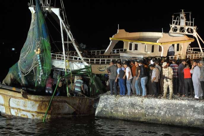 En septembre, un bateau de pêche avait chaviré au large de la ville de Rosette, faisant 202 morts selon les autorités egyptiennes.