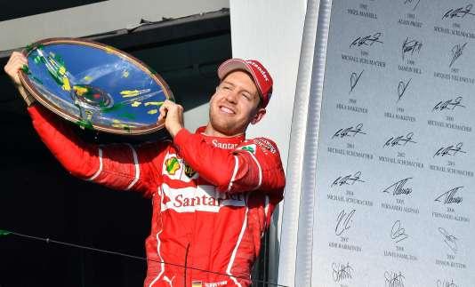 Le pilote allemand de Ferrari, Sebastian Vettel, victorieux le 26 mars à Melbourne (Australie).