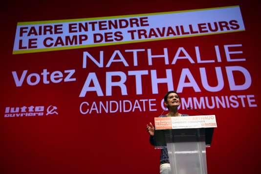 Nathalie Arthaud, à Saint-Denis, le 26 mars 2017.