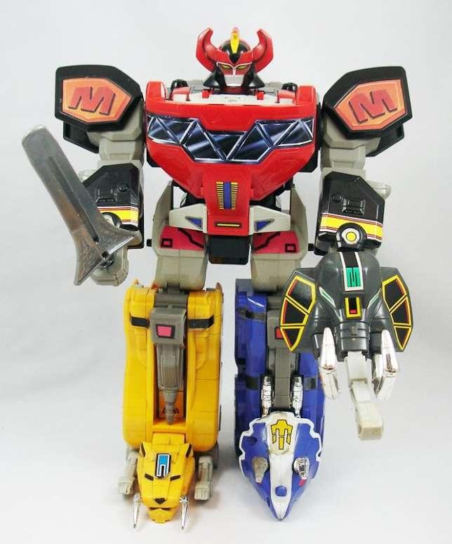 Le robot Mega Zord ZX de la gamme Power Rangers, succès immédiat de Bandai France en 1993.