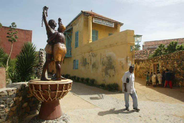 Sur l'île de Gorée, une satut symbolise la fin de l'esclavage.