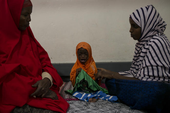 Afnan Farxaan Abdi, 2 ans, a été admise à l'hôpital de Borama, au Somaliland, le 21 mars. Elle pèse 4,6 kilos et souffre de malnutrition aiguë sévère.