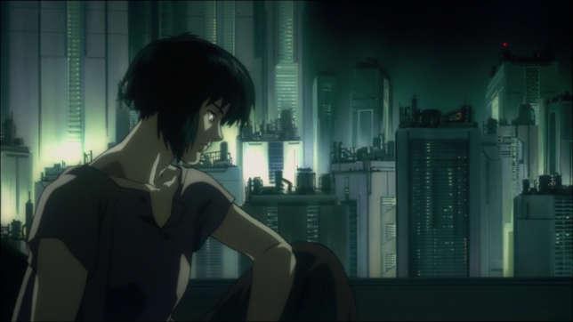 Dans le film d'animation de 1995, le major Kusanagi multiplie les questionnements existentiels.