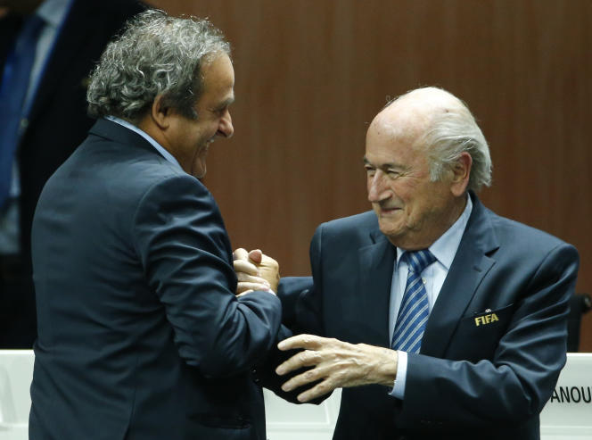 Michel Platini et Sepp Blatter, lors du 65e congrès de la FIFA, le 29 mai 2015.
