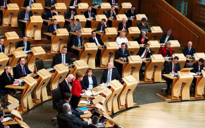 Nicola Sturgeon au Parlement écossais, le 28 mars 2017.