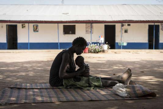 Dans un camp géré par l'Unicef à Malualkon, dans le nord du Soudan du Sud, le 11mars. Le 20février, le pays a été officiellement déclaré en« état de famine», selon la classification de l'ONU.