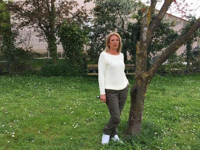 Liliane dans sa résidence de Marseille.