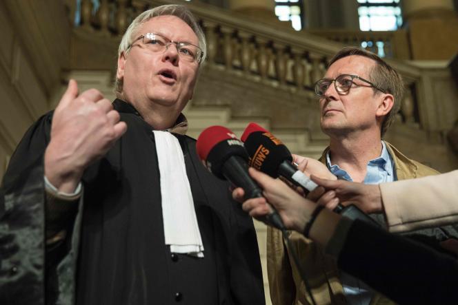 L'avocat Jan Fermon après après le verdict d'un procès contre l'amiante à la cour d'appel de Bruxelles, le 28 mars.
