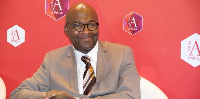L'économiste et sociologue Martial Ze Belinga, le 24 mars, au Salon du livre de Paris.