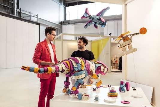 Le hall Satellite du Salone del Mobile, qui fête ses 20 ans cette année, est réservé aux prototypes de jeunes créateurs ( ici en 2016).