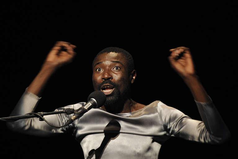L'acteur et metteur en scène congolais Dieudonné Niangouna à Avignon, en 2013.