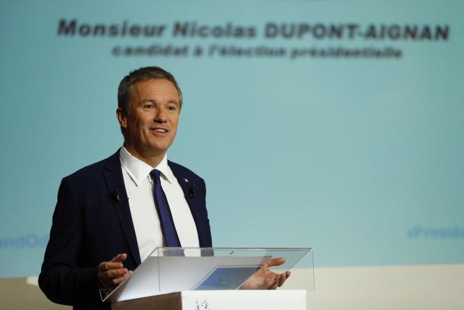 Nicolas Dupont-Aignan, le 29 mars, à Paris.
