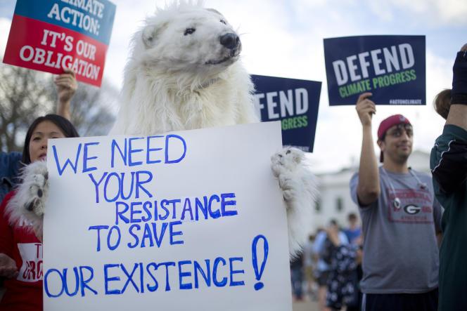 Une manifestation en faveur de la lutte contre le réchauffement climatique à Washington, le 28 mars.