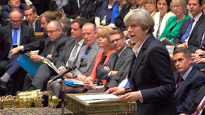 Theresa May prenant la parole au Parlement de Westminster annonce qu'elle a déclenché la procédure du Brexit, le 29 mars.
