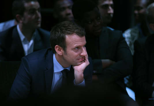 «Si toutes les réformes proposées par Emmanuel Macron étaient réalisées, la France serait en bien meilleure forme à la fin de son quinquennat». (Photo : Emmanuel Macron lors d'une réunion publique à Saint-Denis, dans la banlieue parisienne, le jeudi 30 mars).