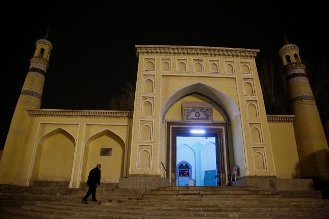 Une mosquée à Kachgar dans le Xinjiang,vaste région chinoise dont les Ouïgours constituent la principale ethnie, en mars 2017.