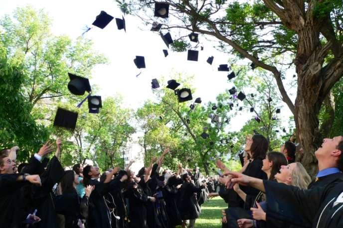 Chaque année, plus de 8000Français partent étudier aux Etats-Unis.