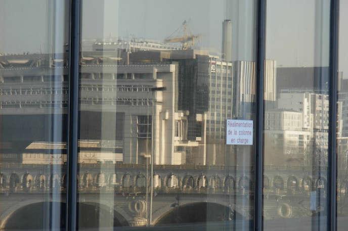 «Le ras-le-bol fiscal actuel, qui s'exprime dans les enquêtes d'opinion, empêchera le prochain gouvernement de se lancer dans une quête de nouveaux impôts pour lever les ressources budgétaires nécessaires à la réalisation de ces objectifs.» (Photo : le ministère de l'économie et des finances, à Paris.)