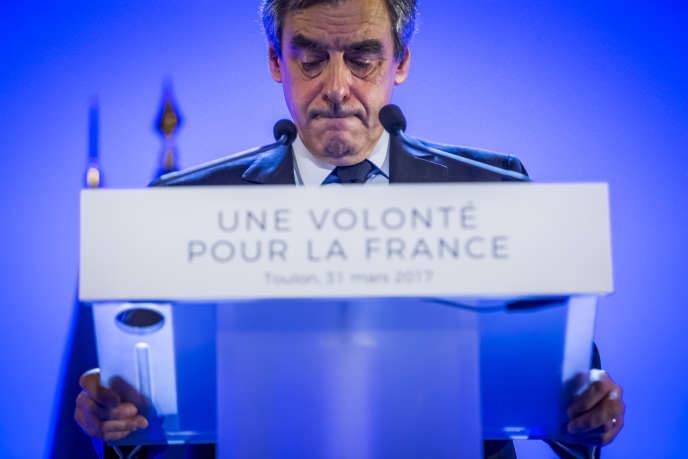 François Fillon, candidat LR à la présidentielle 2017, anime un meeting de campagne au Zénith de Toulon, vendredi 31 mars 2017 - 2017©Jean-Claude Coutausse / french-politics pour Le Monde
