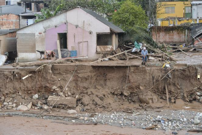 Après le passage de la crue, à Mocoa, le 1er avril.