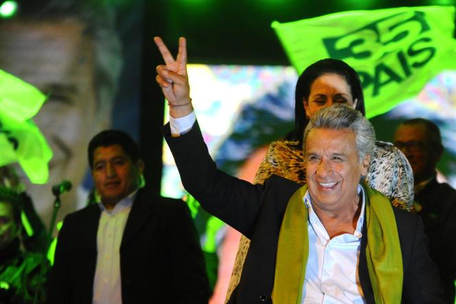Le candidat socialiste, Lenin Moreno, après sa victoire à la présidentielle, à Quito, dimanche 2avril.